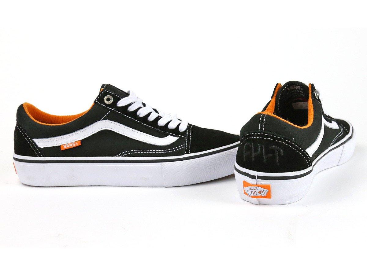 cult x vans old skool pro schuhe black white orange. Black Bedroom Furniture Sets. Home Design Ideas