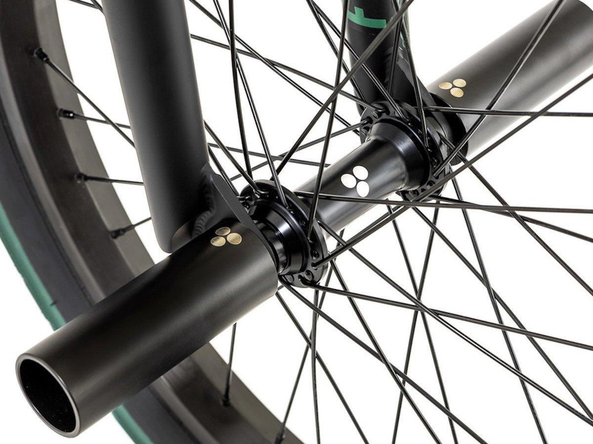 Mutant Bikes Rear Hub RHD 9T Female Axle Flat Black