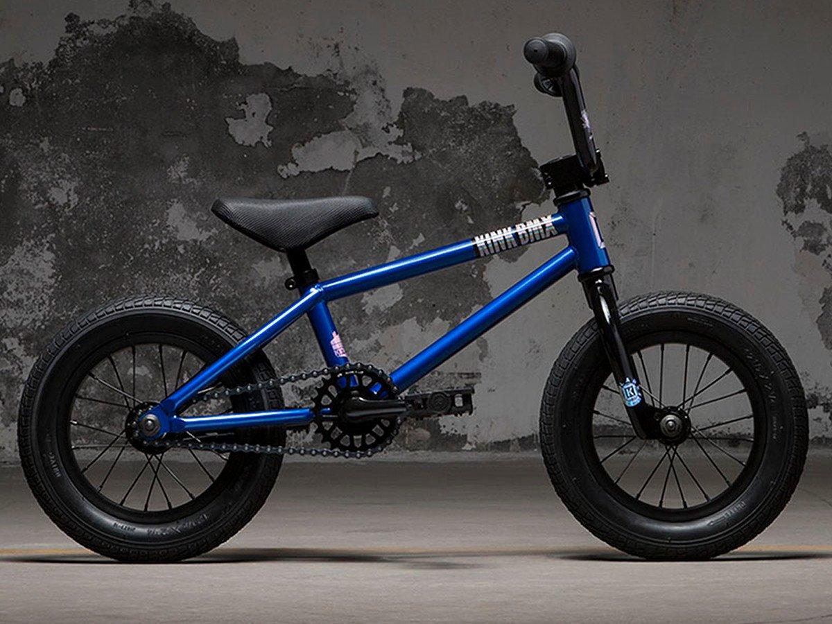 kink bikes roaster 2018 bmx rad gloss blue chill 12. Black Bedroom Furniture Sets. Home Design Ideas