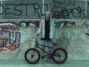 Robin Kachfi - Bike Check 2017