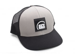 "Stay Strong ""3/4 Icon"" Trucker Kappe"