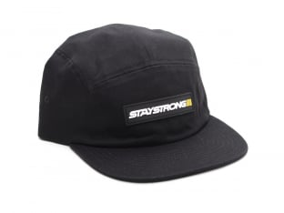 "Stay Strong ""Faster 5 Panel"" Kappe"