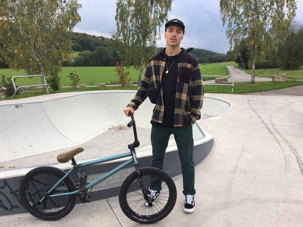 Miguel Smajli - Bike Check 2017