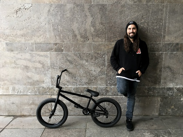 Jonas Bader - Bike Check 2017