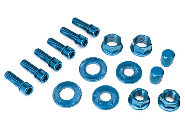 "Salt ""Nuts and Bolts"" Set"