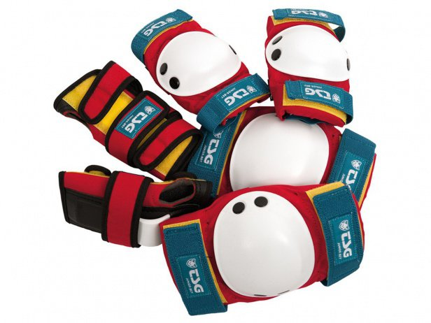 "TSG ""Junior"" Knee + Elbows Pads + Wrist Guard Set - Red-White-Blue"